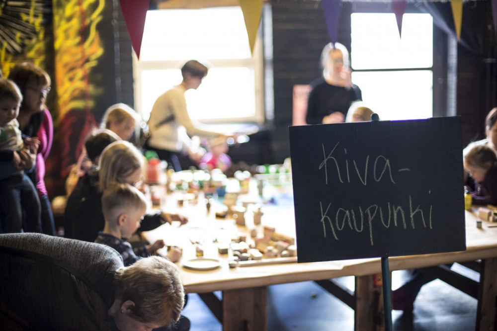 Kiva Kaupunki -työpaja toteutettiin TaideTUUTissa maaliskuussa 2016.